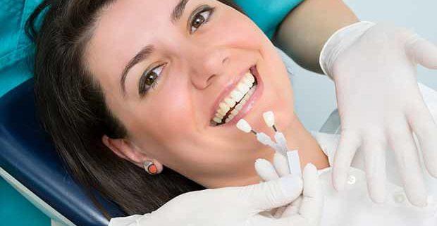 Come evitare problemi con gli impianti dentali