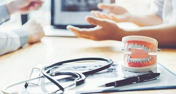 Differenza tra odontoiatria e ortodonzia