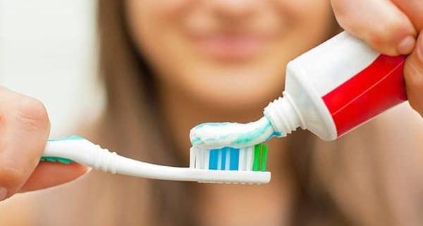 Cosa succede se non ti lavi i denti